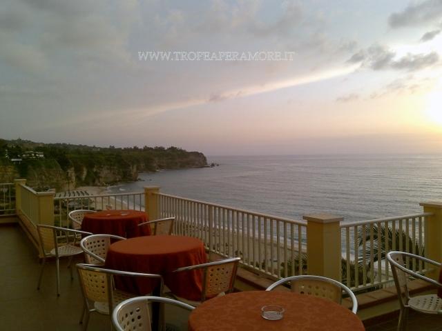 Hotel terrazzo sul mare for Hotel barcellona sul mare